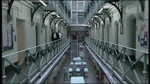 _45072249_prison1330