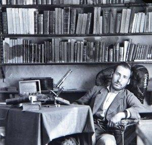 Santiago_Ramón_y_Cajal,_estudiante_de_medicina_en_Zaragoza_1876