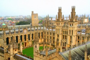 University-of-Oxford-courses0-528x352