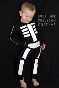 disfraz-niño-esqueleto-halloween